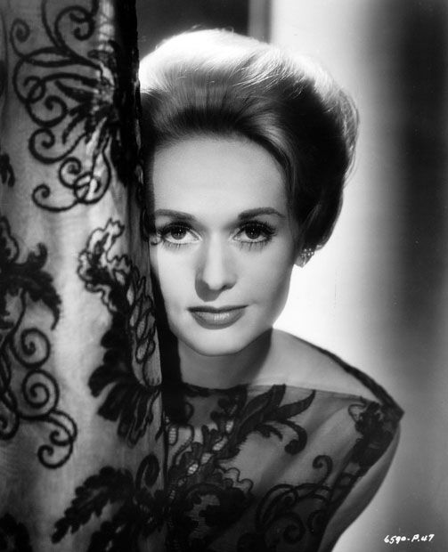 Tippi Hedren (1930), American actress, former fashion model and an animal rights activist.