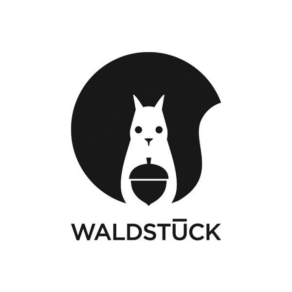 """""""Waldstück"""" Logo http://www.jessicabroscheit.com Logo s/w mit BIldmarkje"""
