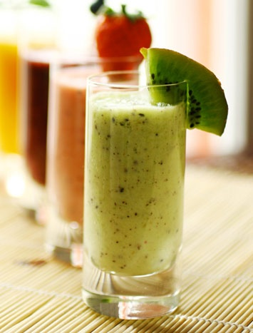 Kiwi Delight Smoothie to jump start weight loss. Plus other easy and healthy recipes