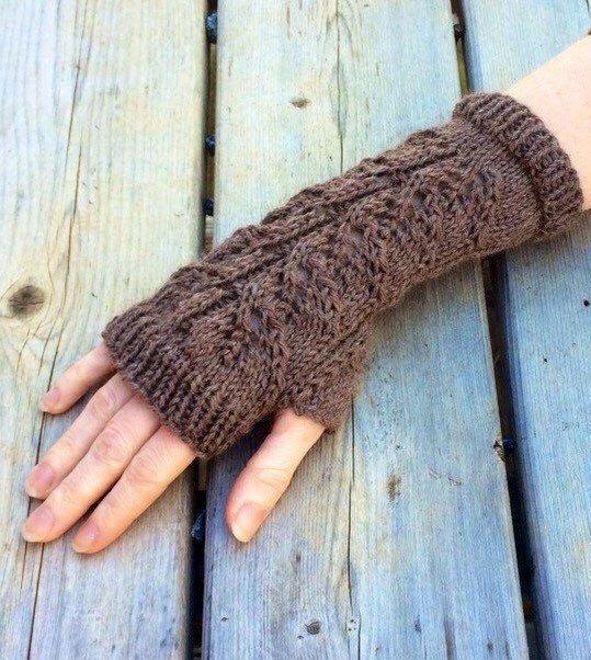 Fingerless gloves, long glove, arm warmers Outlander Inspired fingerless gloves, alpaca wool blend,long fingerless mitts, arm warm by KnittinKittenNC on Etsy https://www.etsy.com/listing/218870673/fingerless-gloves-long-glove-arm-warmers
