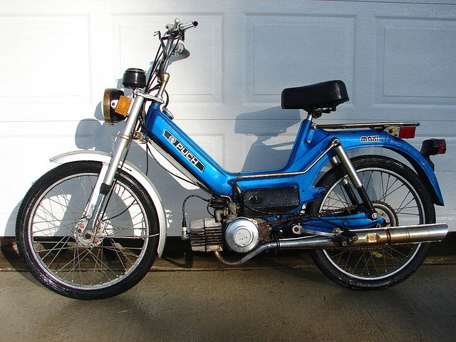 Puch Moped. I had a pink one like this. I must have another one!