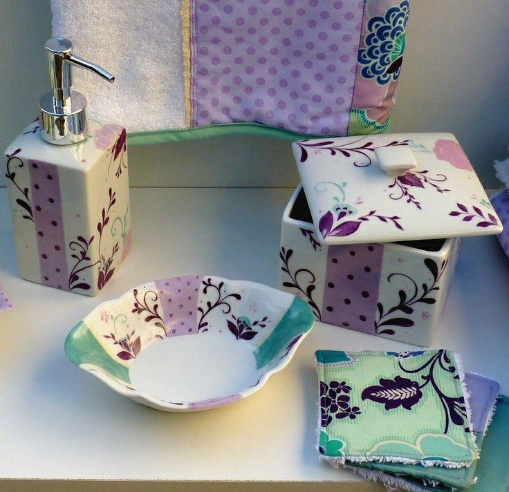 Porte savon et lingettes pour l'ensemble salle de bain amande et lilas