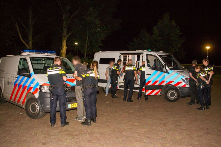 Feestvierders 'houseboot' Breda waren 'niet voor rede vatbaar' (foto's/video)