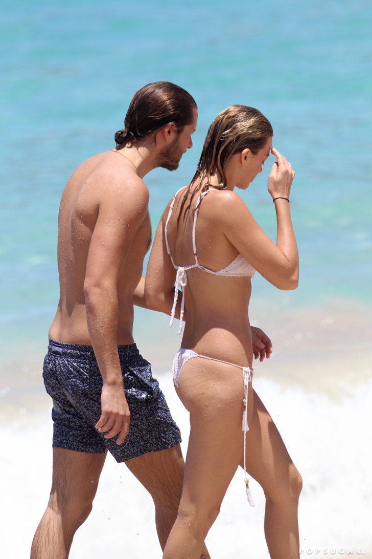 Pin for Later: Margot Robbie Has a Bikini Moment Straight Out of The Notebook While on Vacation With Her Boyfriend
