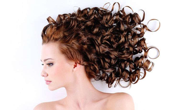 Tips For Safely Coloring Naturally Curly Hair