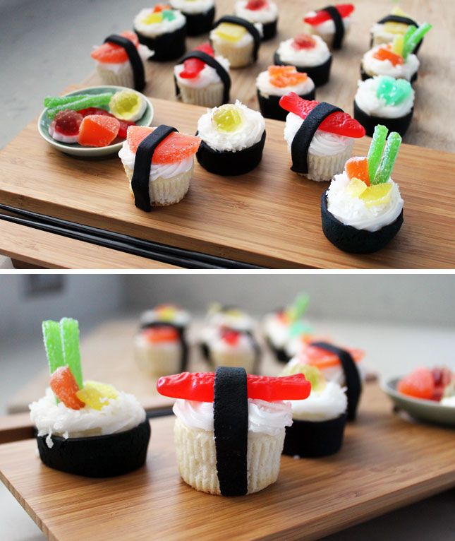Grab Your Chopsticks: It's Sushi Cupcake Time! -- I think my girlfriends would love this :)