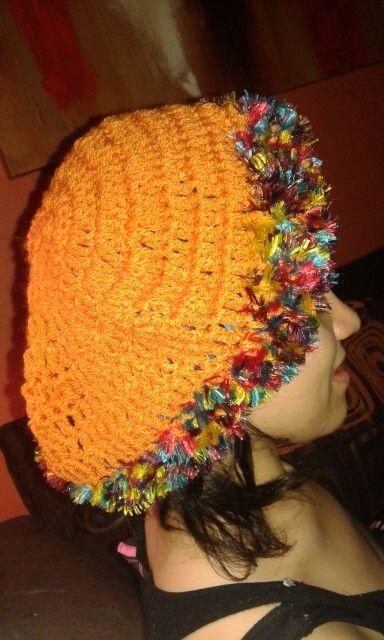 Gorro naranja con matizado p/dama