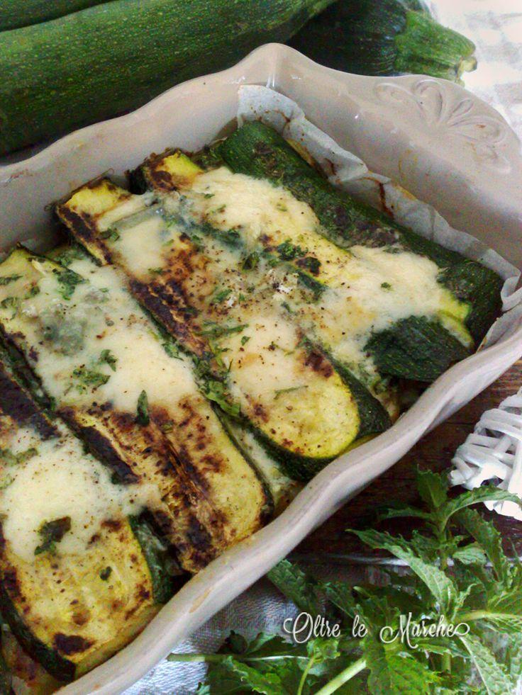 Sformato di zucchine e patate al forno   come cucinare le patate, idea secondo piatto, mascarpone e gorgonzola, Parmigiana di zucchine e patate, ricette di piatti unici, ricette estive facili e veloci,