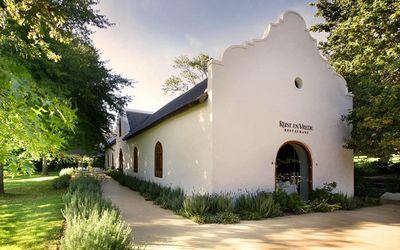 RESTAURANT REVIEW: Rust en Vrede — a formidable, five-star evergreen http://ow.ly/pktEQ