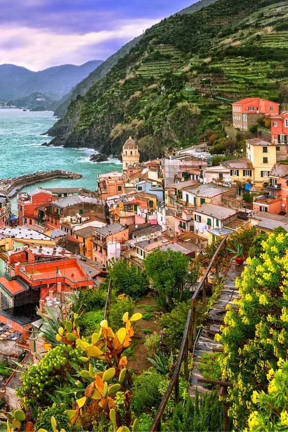 The village of Vernazza, one of the Cinque Terre on the Italian coast. Click through to see 25 more of the most beautiful villages in the world!: