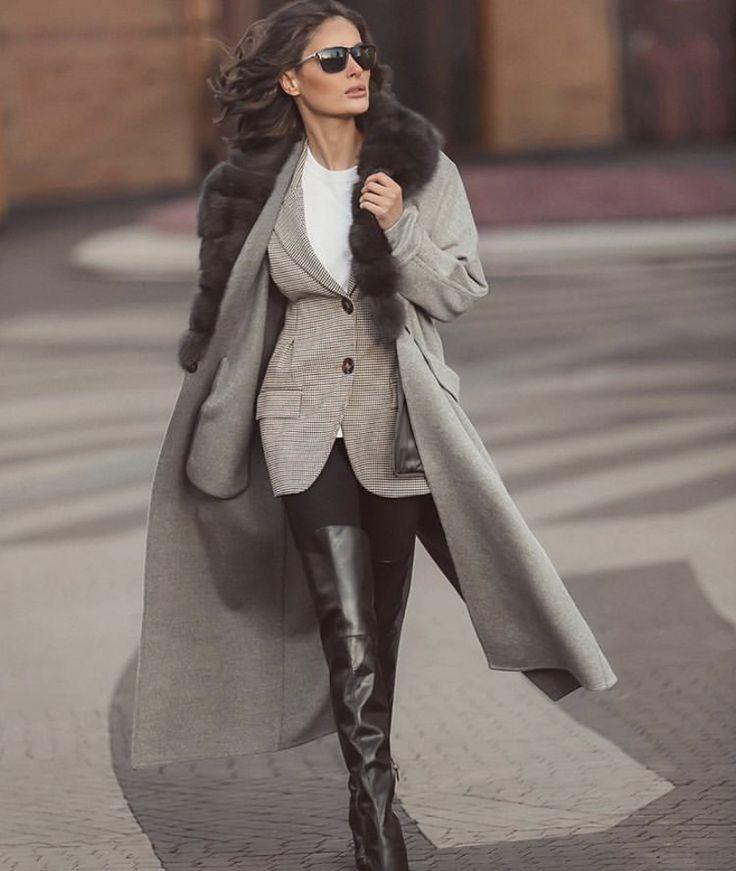 Pin By Magda Mak On Fashion Fashion Outfits Blazer Street Style Fashion
