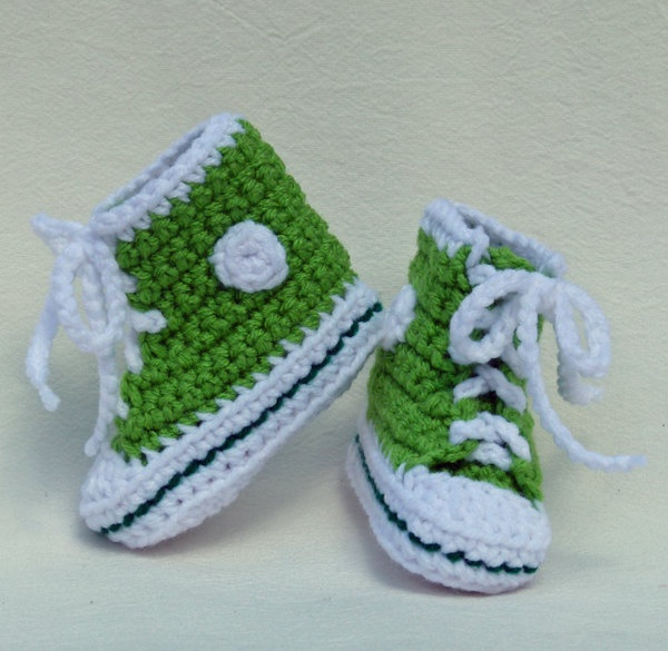 Crochet Baby Booties High Top Converse Style Pattern : 17 Best images about Zapatitos converse on Pinterest ...