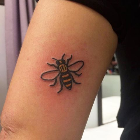 Manchester Bee On Our Babe Get Down While Offer Is Still