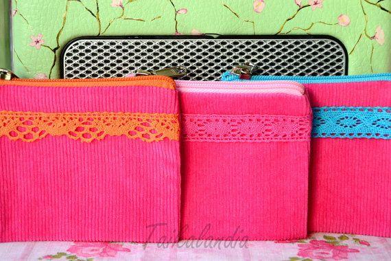 Pink zipper pouch, lace pouch, zippered lace pouch, zipper pouch, zippered pouch, lace purse, pink pouch, vintage lace pouch, coin purse