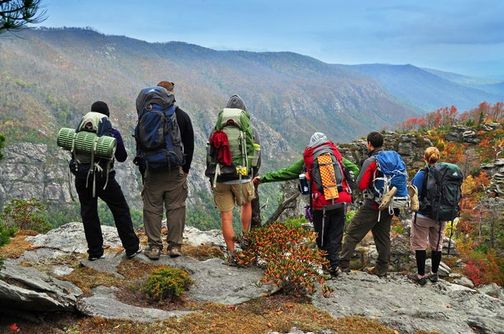 Descubre 10 beneficios del senderismo para la salud de los niños y de los adultos... Disfruta de la montaña y mejora cada día tu condición física