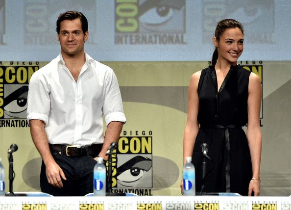 Henry Cavill Photos - Warner Bros. Pictures Panel And Presentation - Comic-Con International 2014 - Zimbio