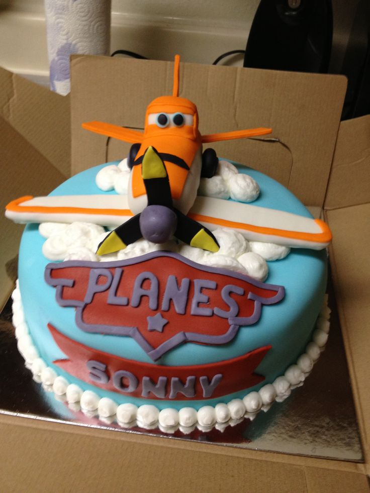 Images Of Plane Cake : Planes cake birthday cake dusty crophopper cake boy cake ...