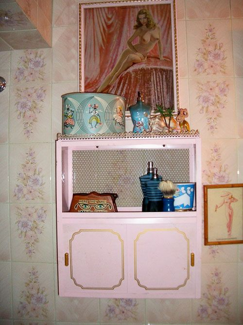 17 Best Images About Pink Bathroom On Pinterest Vintage