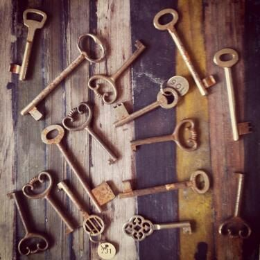 Popular 29 best Skeleton key wall/background images on Pinterest | Antique  LN74