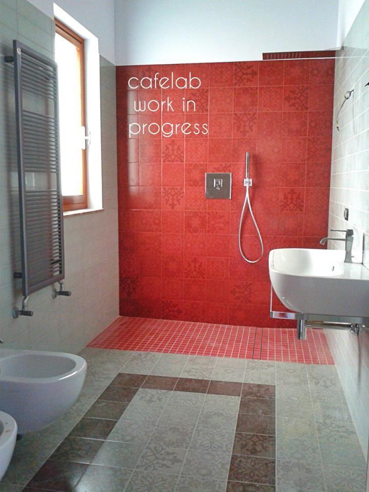 Casa Appia Antica | il bagno in rosso | http://www.cafelab.it