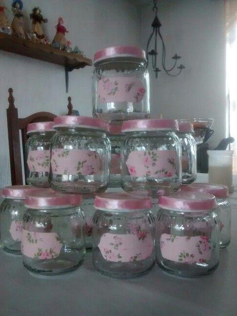 Especieros estilo shaby chic hechos con frascos de compota/www.smicasadetodo.blogspot.com