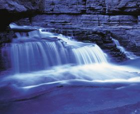 Fortscue Falls in Karajini National Park - swim in the rock pool.