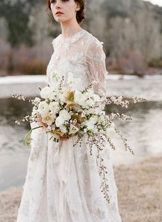 white snowy winter bouquet | Laurie Arons Workshop. Flowers by Sarah Winward. Photo Jose Villa.