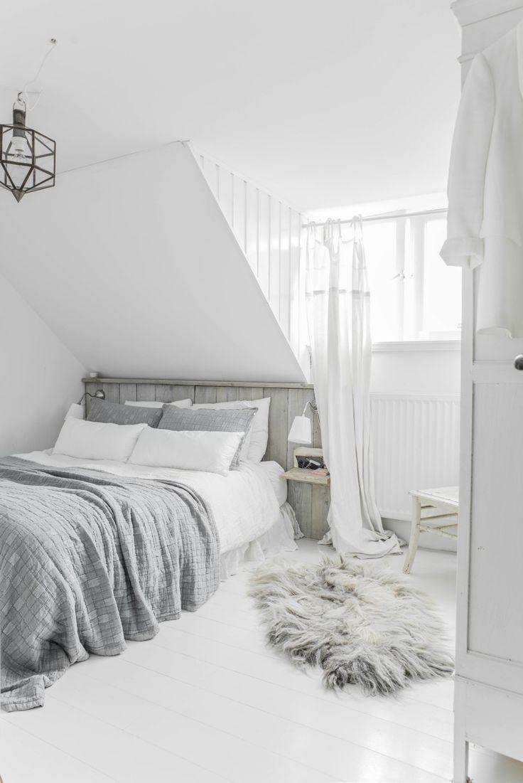 25+ best Vintage white bedroom ideas on Pinterest