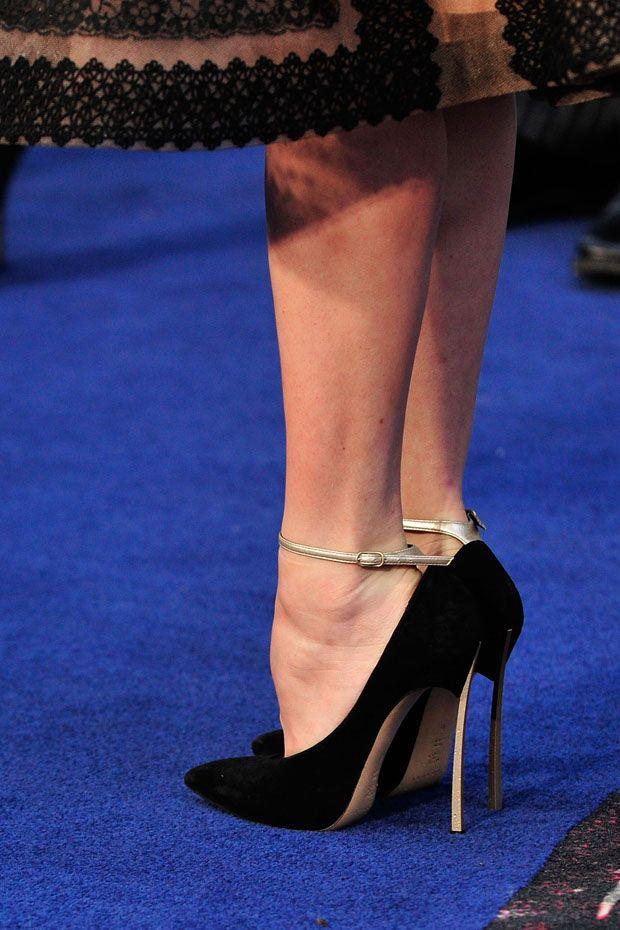 Celebrity Feet: Katrina Bowden