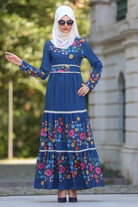 19475bc97000a 2018/2019 Yeni Sezon Günlük Elbise Koleksiyonu -Neva Style - Çiçek Desenli  Lacivert Tesettür Elbise 7772L #tesetturisland #tesettur…