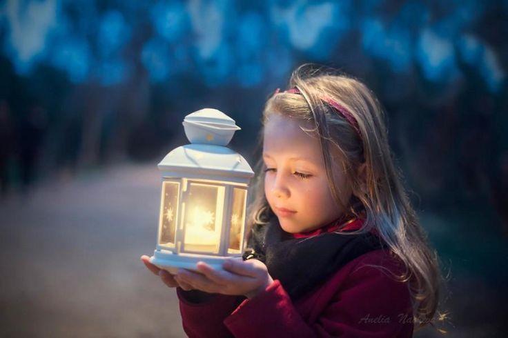 Little Girl Holidays Light HD Wallpaper. Download best ...