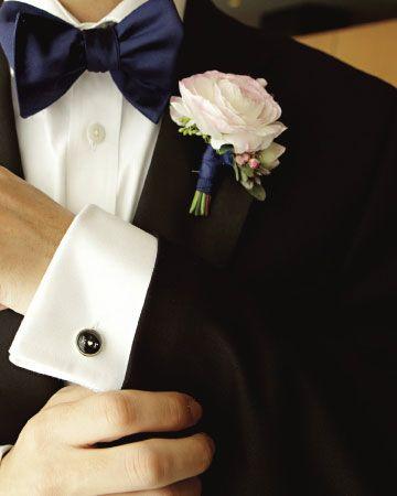 Preparativos para una boda: los 5 errores que pueden arruinar tu día. #4 - No permitas que las flores del botonier del novio se vean marchitadas