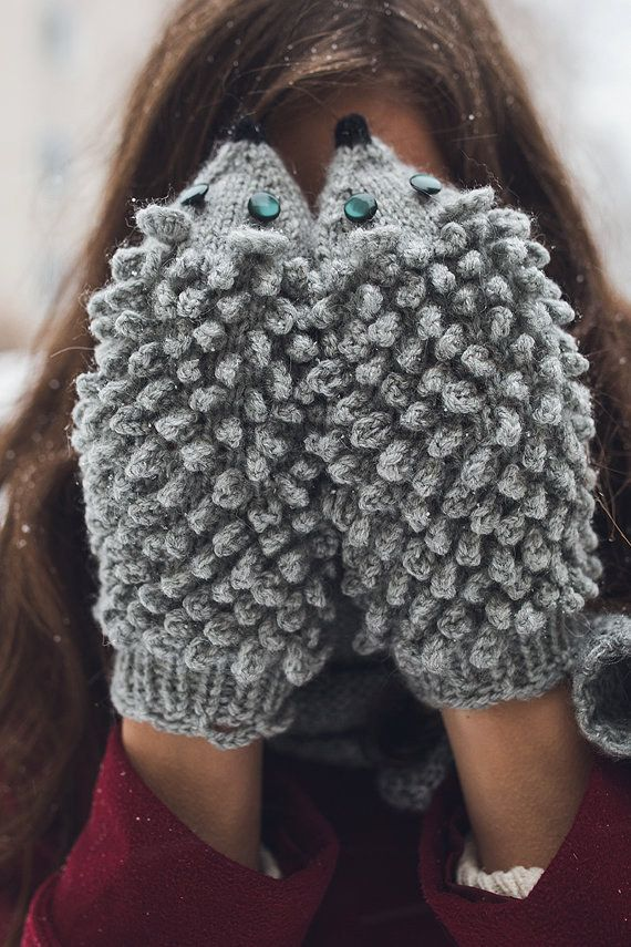 These perfect hedgehog mittens: | Community Post: 19 Adorable Things For Anyone Who's Obsessed With Hedgehogs