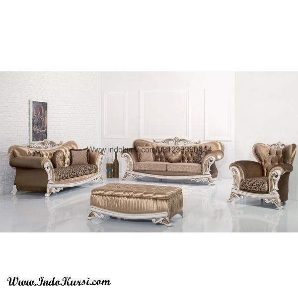 JualSofa Ruang Tamu Keluarga Model Mewah merupakan produk Kursi Ruang Tamu dengan desain yang mewah dan tampil elegant dan mewah untuk Ruang Tamu Keluarga