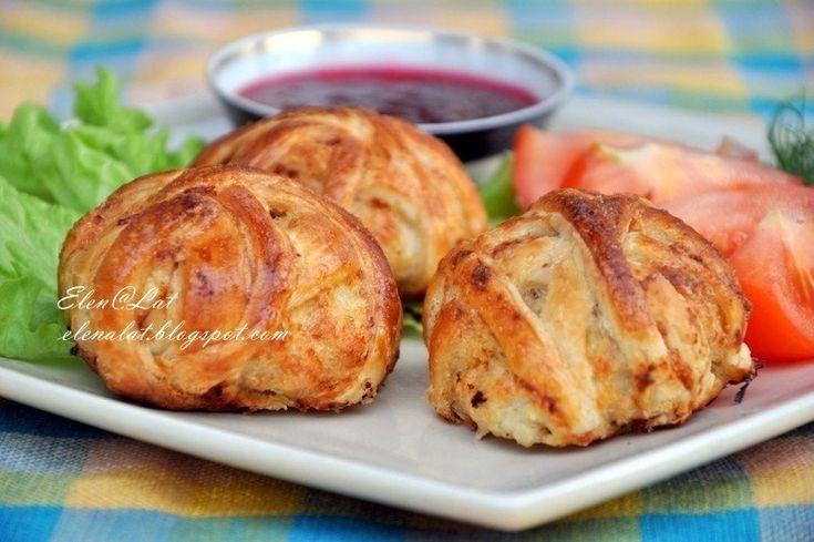 Фото к рецепту: Куриные котлетки  Клубочки