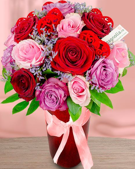 Buchet trandafiri roz si rosii