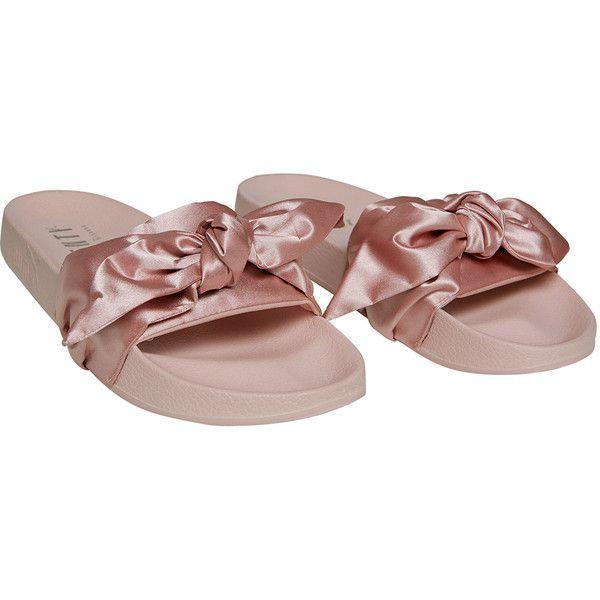 FENTY PUMA by Rihanna Bow Slides ❤ liked on Polyvore featuring shoes, satin bow shoes, satin shoes, puma footwear, peep-toe shoes and slip-on shoes