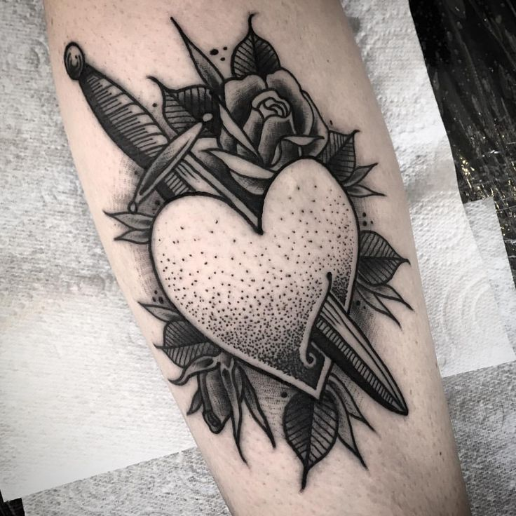 """jamesdbutler: """" From my flash- cheers for picking this, Caz! If I could do a tattoo like this everyday 'til I was dead, I'd be happy. Mega fun. Whipshading for everyone!  jaymsbutler@hotmail.com #tattoosnob #tattooworkers #blackworkers #btattooing..."""