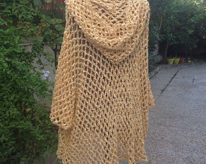 Knitting Pattern Child s Hooded Cape : 25+ best ideas about Hooded poncho pattern on Pinterest Crochet poncho patt...