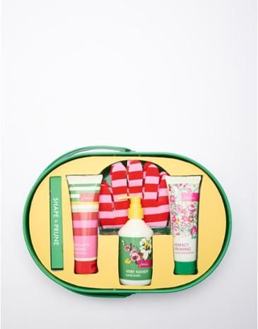 Toiletry Trug Gift Set. Essential treats for hardworking hands.
