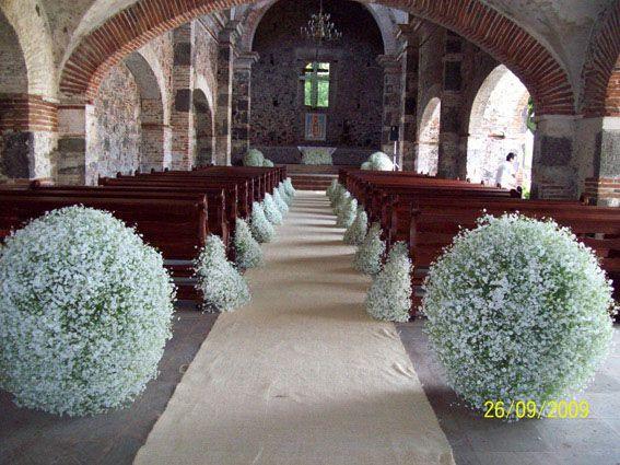 decoracion de templo para boda con esferas - Buscar con Google
