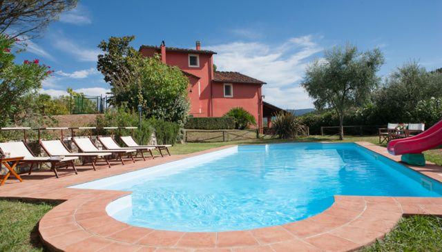 Beautiful Tuscan villa, sleeps 10, fabulous pool and olive groves