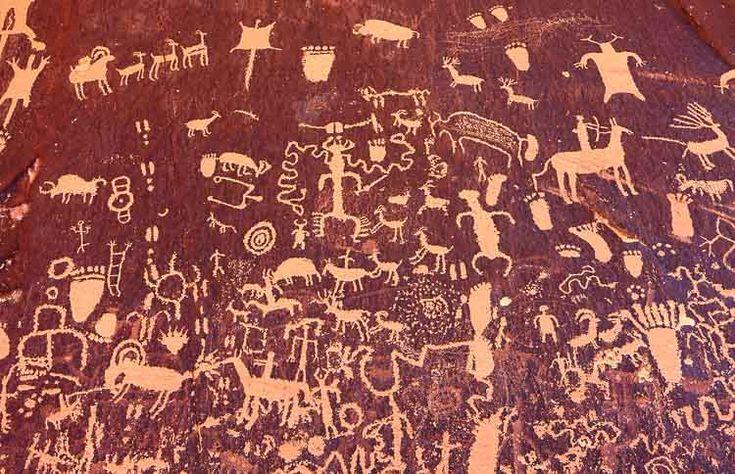 Petroglyphs on Newspaper Rock, Utah, USA.