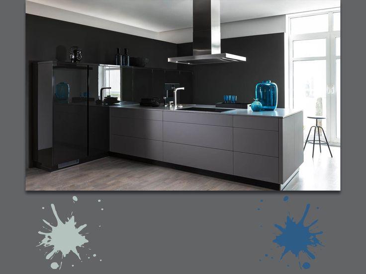 Color granito, alluminio e blu oceano profondo: una fantastica tavolozza moderna, per una cucina di classe e high tech. A chi piace questo stile innovativo? #grey #palette #colourfull #kitchen #interiordesign