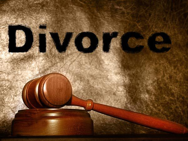 Image result for Work Role of Litigation Lawyers Who Help To Make Right Decision