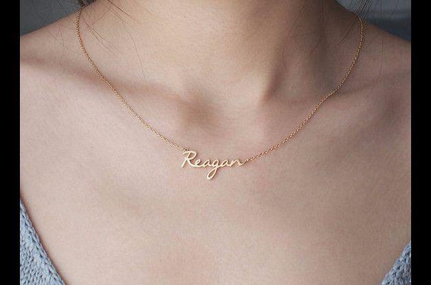 * Maximale Anzahl der Zeichen: 10 * Der Name ist 3 mm-10 mm hoch. * Material: 925 Sterlingsilber  Farbe *: Silber, 18 Karat Gold überzogen , Rose Gold überzogen