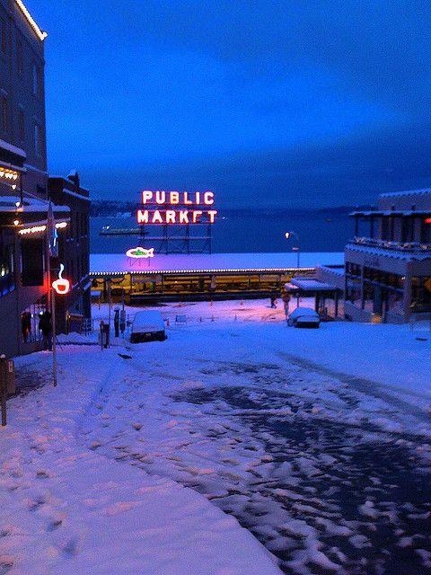 Pike's Public market in the snow, Seattle, Washington