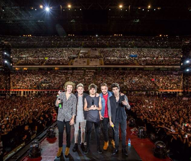 One Direction in Singapore. #oneDirection http://bubbamama.com/2014/09/04/one-direction-where-we-are-the-concert-film-in-singapore/