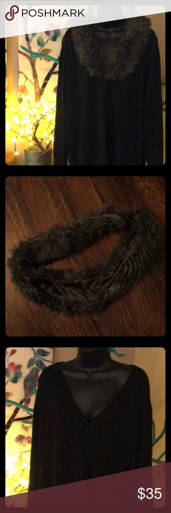 💕Coldwater Creek, 20/22W, black cardigan w/ fur 💕Coldwater Creek, 20/22W, black cardigan w/ removable faux fur collar Coldwater Creek Sweaters Cardigans