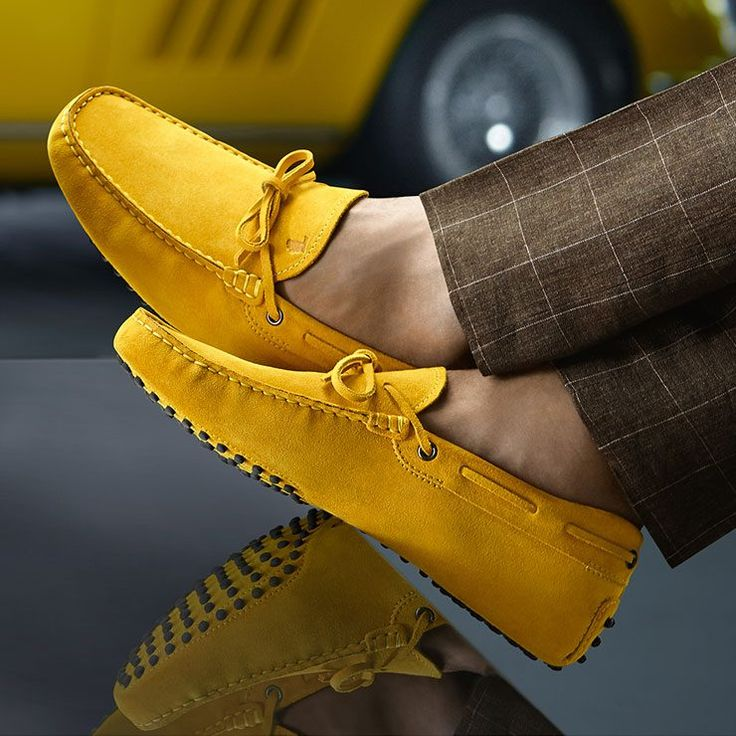 Tods gorgeous yellow driving shoes for men!